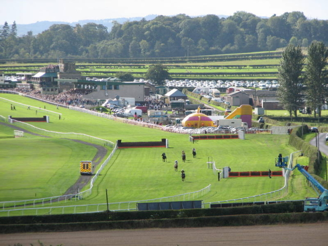 Kelso National Hunt Race Course and Kelso Golf Course at the end of the lane!