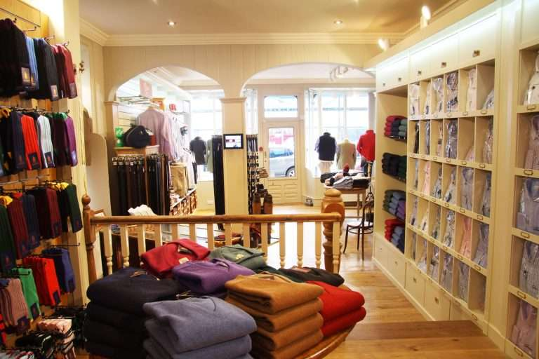 Quality independent shops in Kelso A Hume Outfitters