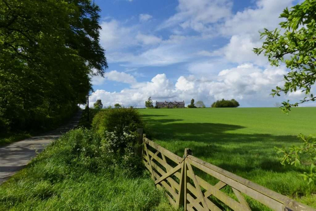 Hendersyde Holiday Cottages on the ridge above the River Tweed