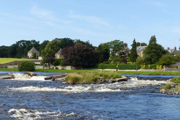 Kelso Cauld on The River Tweed above the Junction Pool